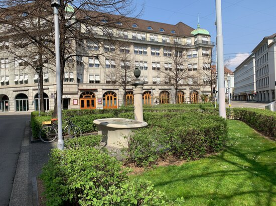 Pelikanplatz