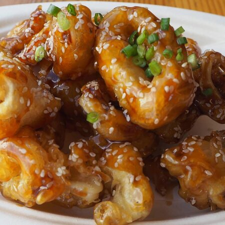 We are a new Korean Fried Chicken restaurant on Sukhumvit 50 in the heart of Bangkok. We serve the most delicious Korean Fried Chicken, Seafood and Pork and these are smothered in our Signature Korean Spicy Sauce or you can select one of our other sauces Black Pepper, Teriyaki or Garlic. https://www.facebook.com/KimJongKoreanFriedChicken