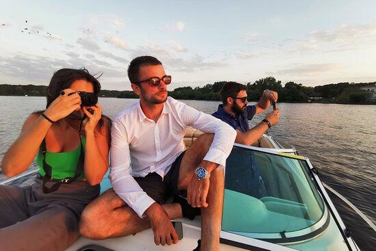 Luxury Boat Tours | Lake Snagov