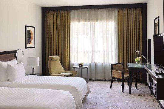 Twin beds in Avani Room