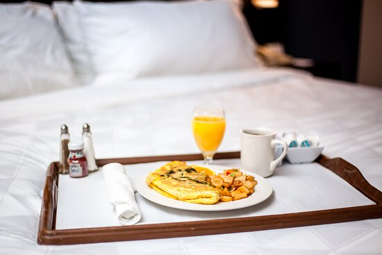 Relax and enjoy delicious food delivered to your room