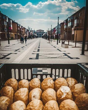 Fresh buns everyday 🍔