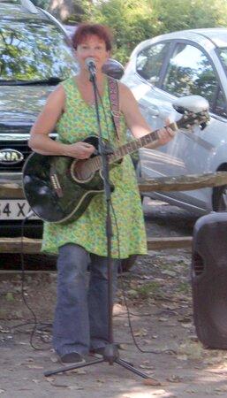 Lyz Le Fay live at Tink's Tipsy Tavern