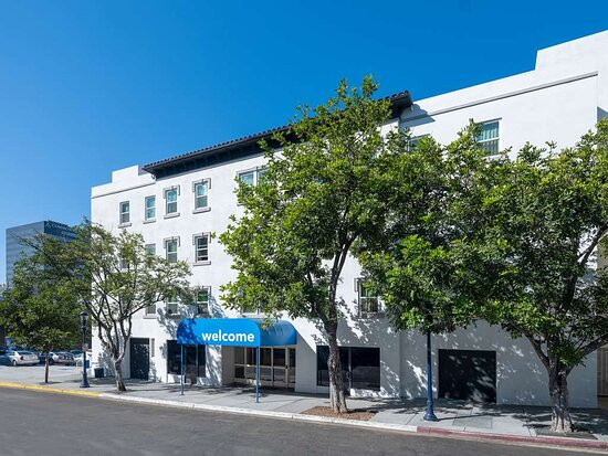 Motel 6 San Diego, CA - Downtown