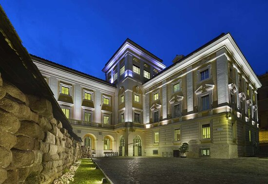 Palazzo Montemartini Rome, A Radisson Collection Hotel, Hotels in Rom
