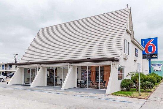 Motel 6 Long Beach - International City