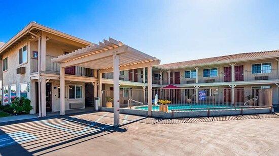 Hanford, كاليفورنيا: Exterior