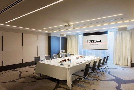 parkroyal parramatta bligh meeting room