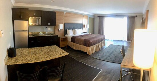 Newly Renovated Kitchenette Studio Suite with Oceanview