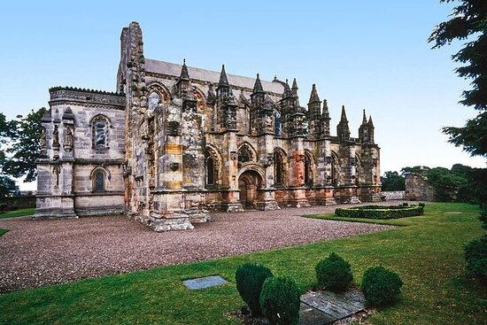 Rosslyn Chapel and Whiskey Tour from Edinburgh