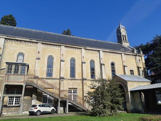 Chapelle de l'établissement public de santé mentale de Ville-Evrard