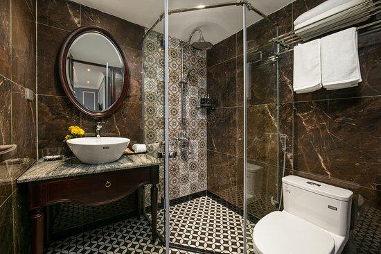 Superior Room - Picture of Romantique Hotel De Hanoi - Tripadvisor