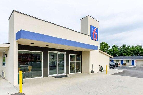Motel 6 Troutville, VA