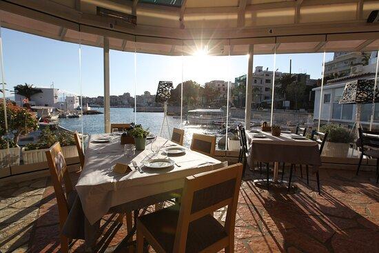 Restaurant- Beach View