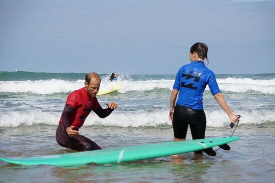 Experience Surf School (Manu Portet)