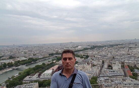 Виды Парижа с Эйфелевой башни. @YuriiTretiak.Life