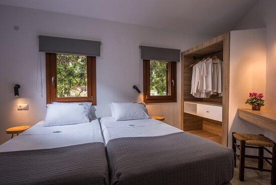 1-Bedroom apartment bedroom
