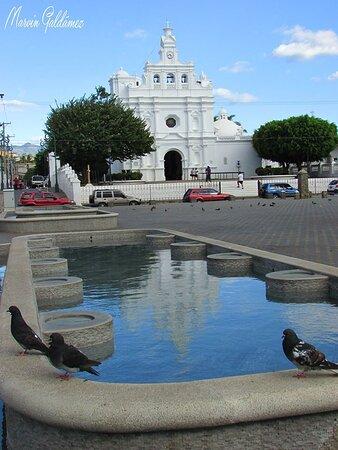 Metapan, El Salvador: Iglesias Coloniales