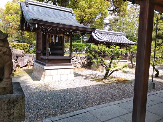 Momoyama Temmangu Shrine