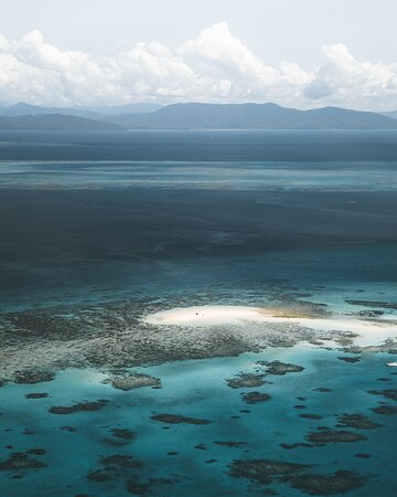 40-Minute Great Barrier Reef Scenic Flight from Cairns: Beautiful views