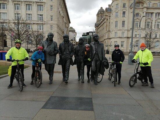 Liverpool City Center Small-Group Bike Tour: City Tour