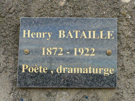 Moux, Frankrike: Plaque commémorative