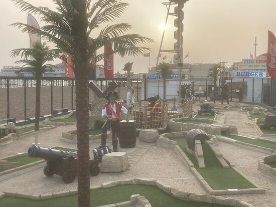 Brighton Beach Crazy Golf