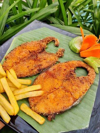 Rawa fried kingfish