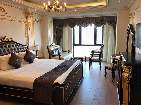 One of the largest beachfront rooms in Danang