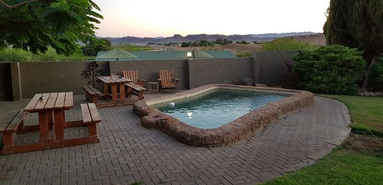 Noordoewer, Namibia: pool and outside seating...