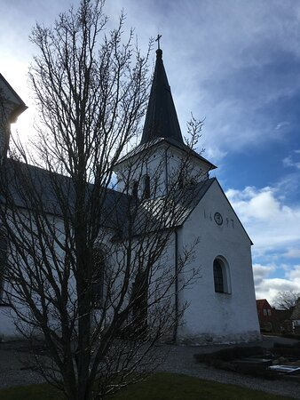 Hammenhog, Sweden: Vallby kyrka