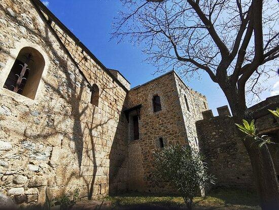 Église Saint-Saturnin de Vernet