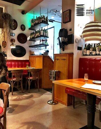 Detalle interior Bar Cañete