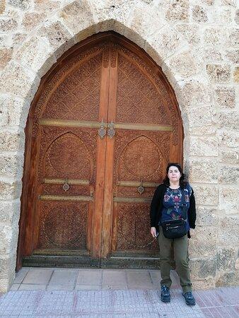 La puerta del palacio.