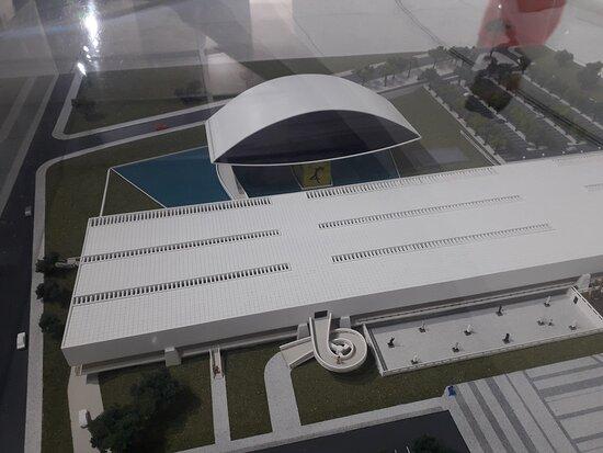 Official Ticket: Oscar Niemeyer Museum - Curitiba: Maquete do Museu Oscar Nyemayer
