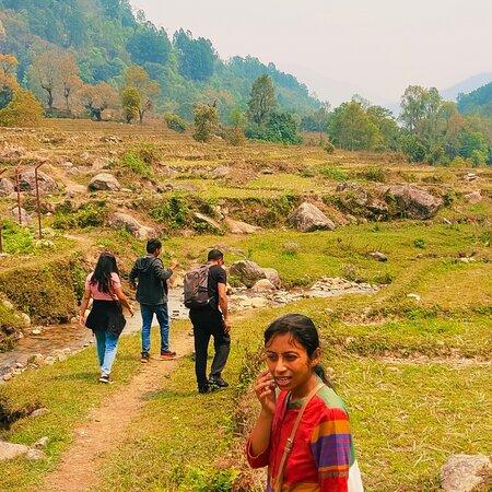 Hiking around Martam