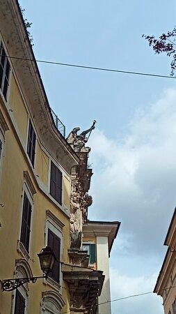 Tra i vicoli della Roma segreta...