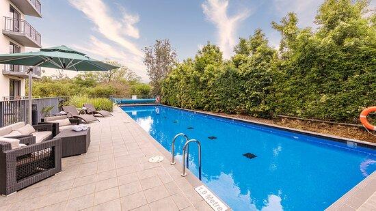 Oaks Sydney North Ryde  Swimming Pool.
