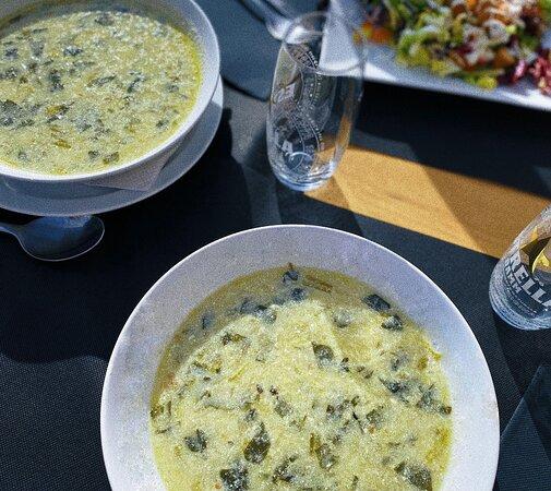 Sopa de vegetales en nuestro menú diario.
