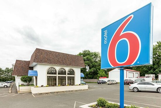 Motel 6 Warminster