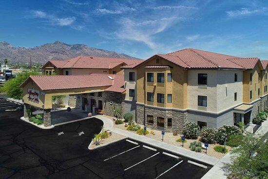 Hampton Inn and Suites Tucson-Mall