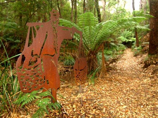 Branxholm, Úc: The Tin Dragon Trail