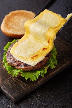 Beef Raclette Burger