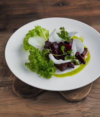 Iced beetroot in cherry sauce