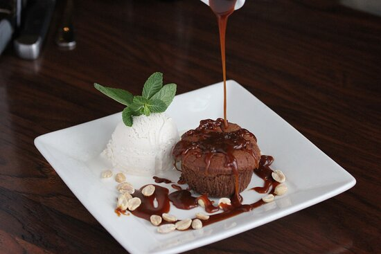 Chocolate Molten Cake with Salted Caramel