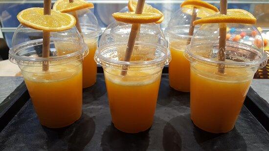 Verse Juices & Smoothie's  in de zomermaanden