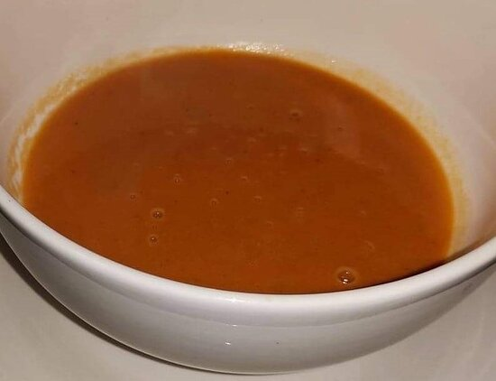Creamy homemade Tomato soup. Made when ordered. With bread or crackers. Good for 2-4 people.