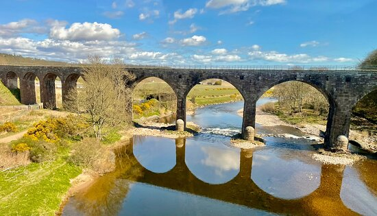 Montrose, UK: North Water viaduct bridge (once a rail bridge & now pedestrian) from the A92 road bridge & on the top deck of a bus, (the only way you'd get this view.)