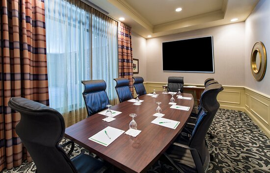 Host your next board meeting in style in our Oglethorpe Boardroom