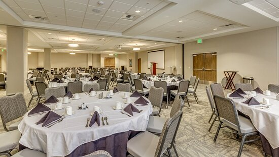 Ball room space great for large conferences or plated dinners.